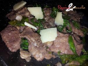 carne con rucola e grana - paprica e cannella