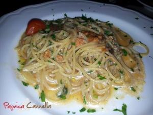 spaghetti ai ricci di mare - paprica e cannella