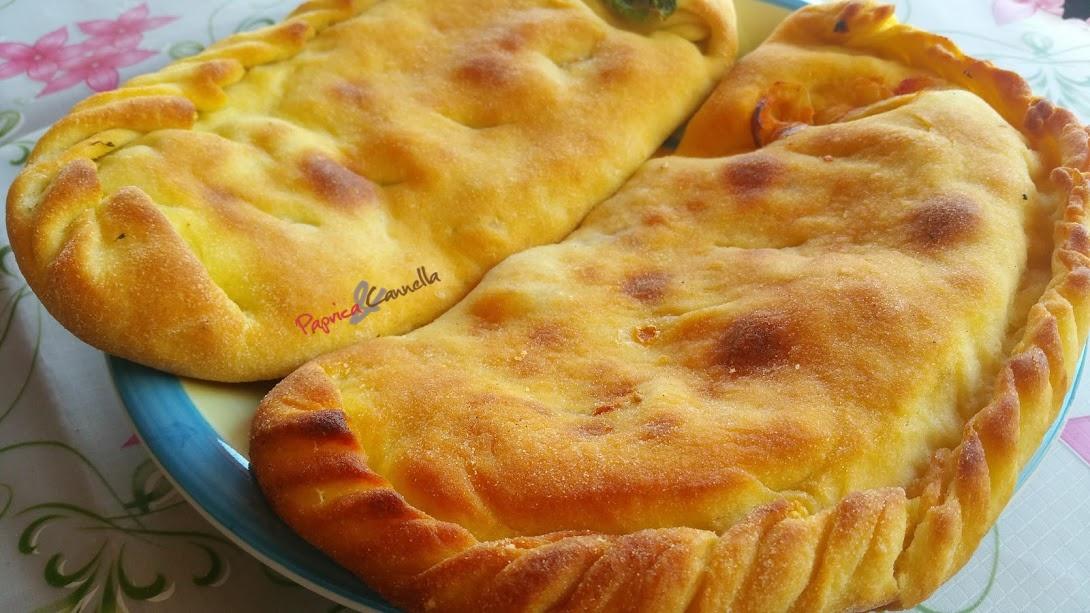 Cudduruni con la cipolla – Focaccia siciliana con la cipolla