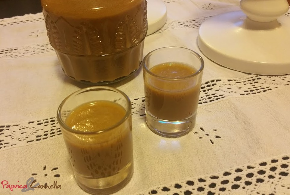 Liquore alla crema di caffè fatto in casa