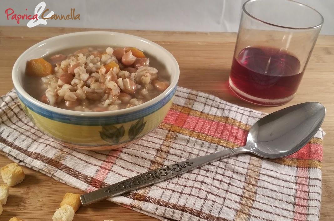 Zuppa di fagioli e orzo perlato