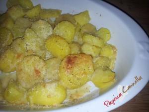patate gratinate - paprica e cannella