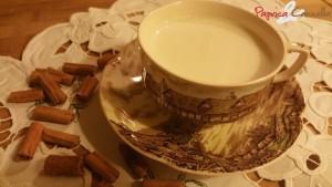 latte aromatizzato alla cannella - paprica e cannella