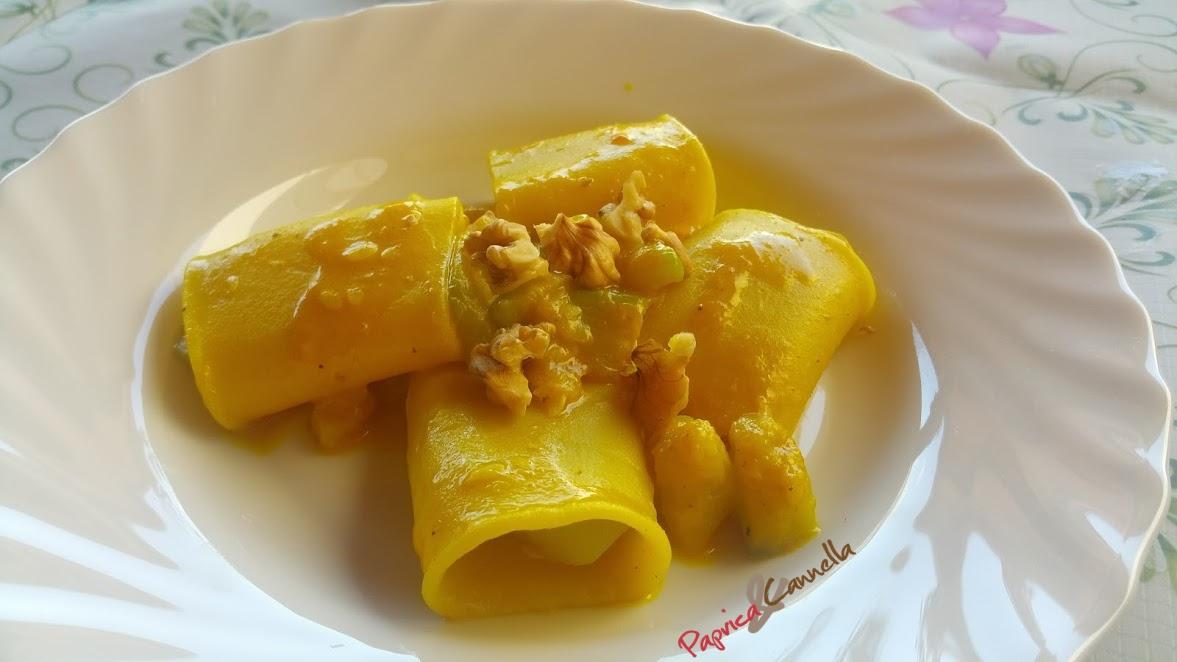 Paccheri zucchina e curcuma