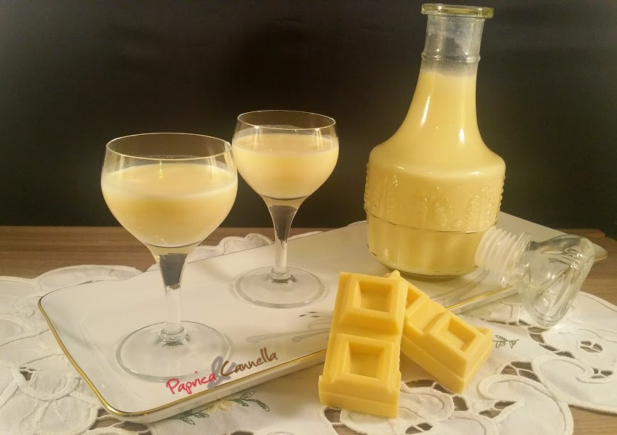 Liquore al cioccolato bianco